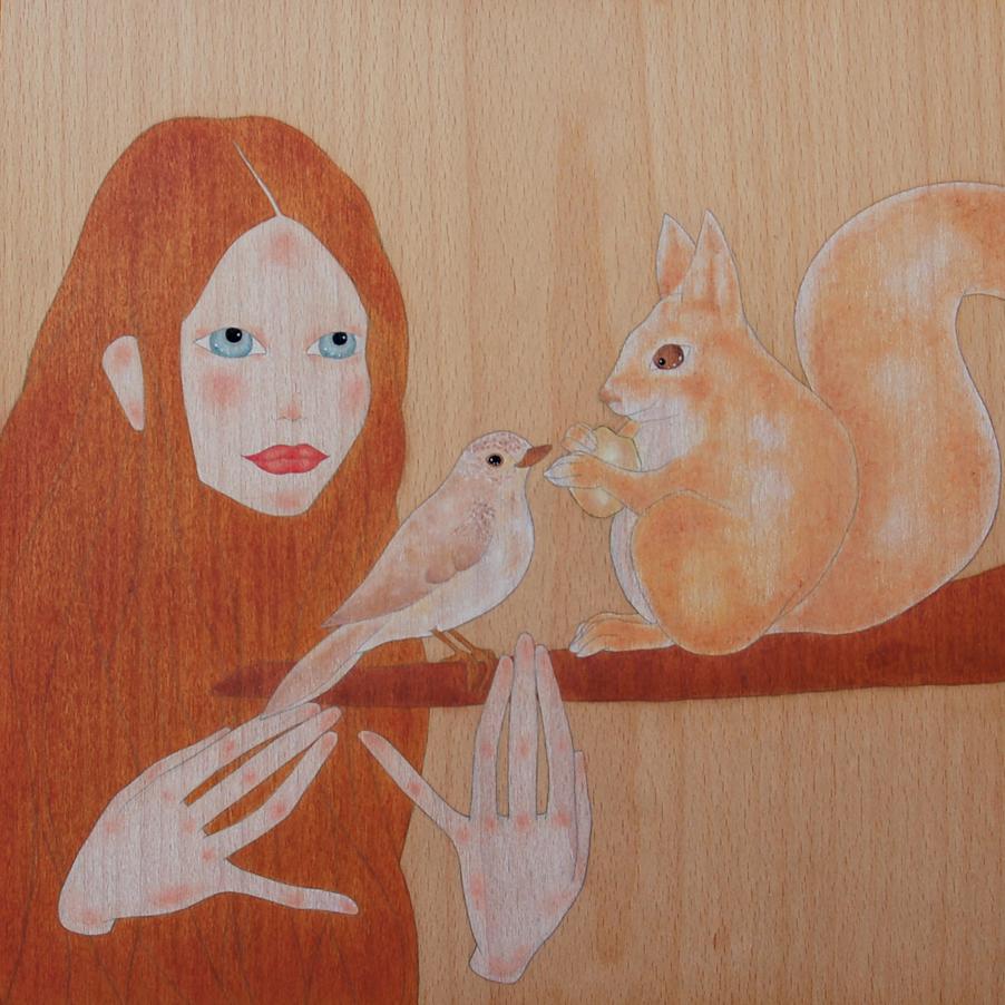 """""""noia mirant el petit esquirol menjar una gla"""""""
