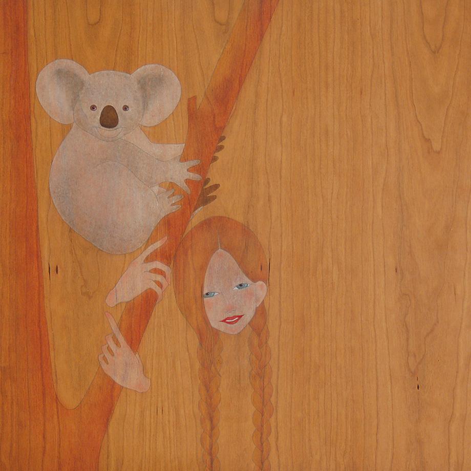ens relaxa abraçar-nos  a l'arbre d'eucalíptus  koala